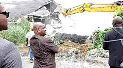 Wike makes good his threat, demolishes hotels Photo