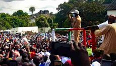 Oshiomhole Addressing a Rally at Iyamho Photo