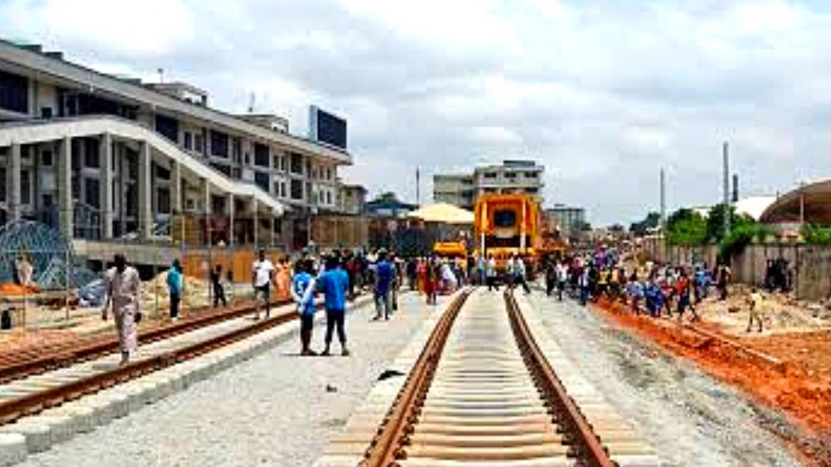 Buhari in Lagos to Launch Rail and Maritime Projects
